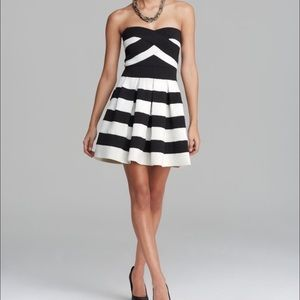 BCBGmaxazria Size M Black White Dress